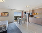 Modern Rockhampton Apartment - CBD Luxury Accommodation